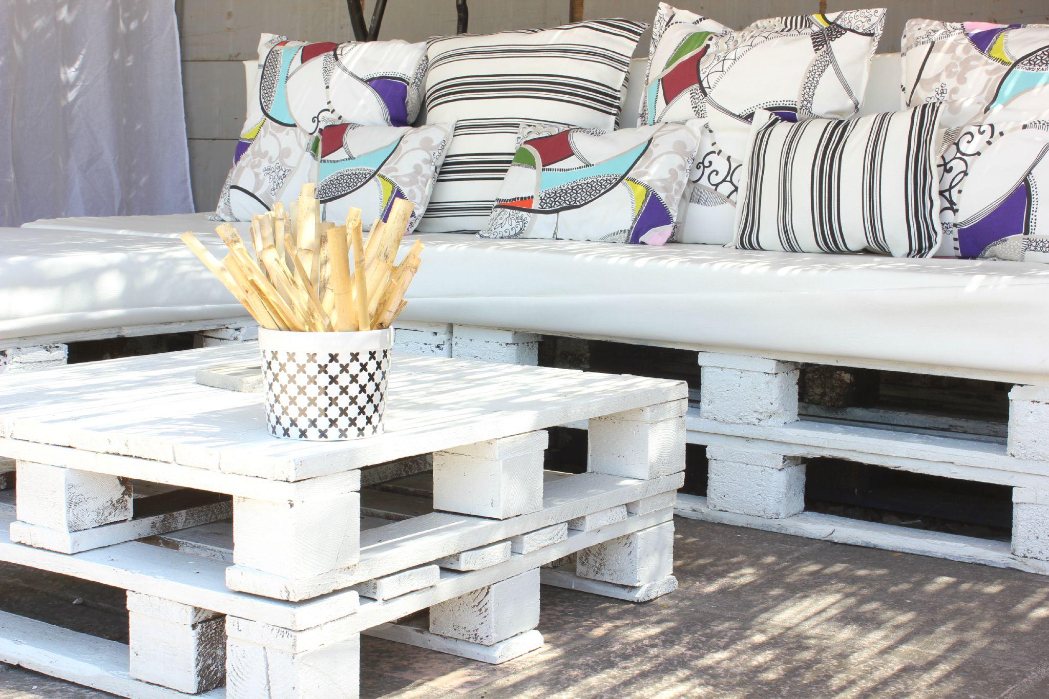 Table Basse Avec Parpaing comment réaliser une décoration en palette de bois ?