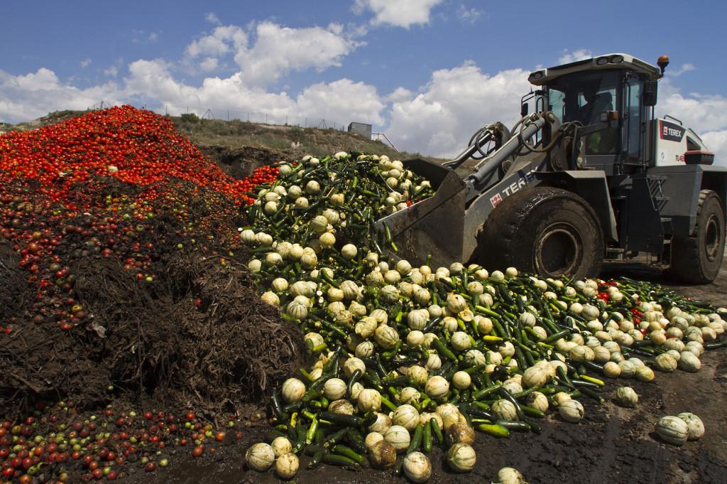 Les associations attaquent le gaspillage alimentaire en France3
