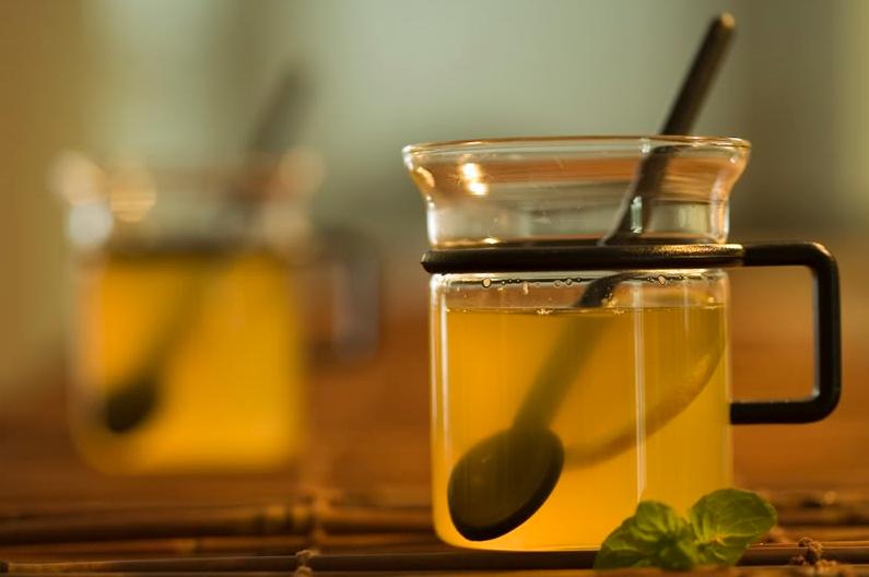 quelle différence entre thé et tisane