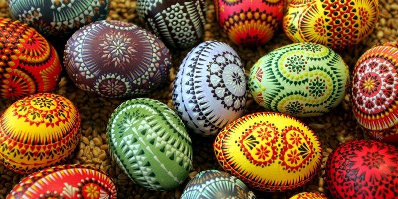 Traditions et fêtes autour de Pâques dans le monde