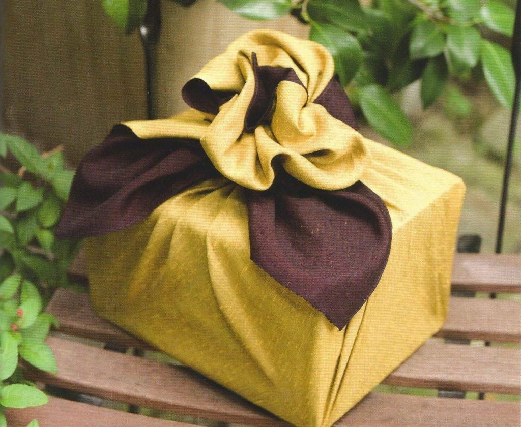 furoshiki emballage cadeau cube