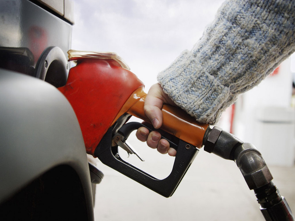 pompe a essence cours du petrole