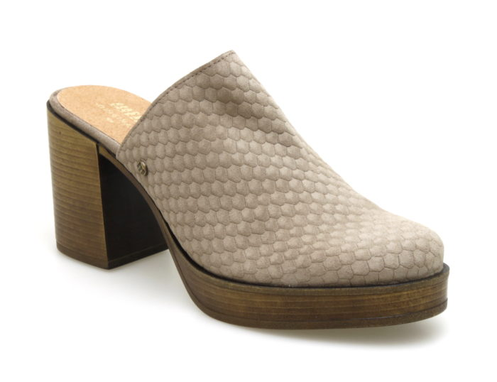 en soldes nouveau produit procédés de teinture minutieux Mules : en savoir plus sur ce type de chaussures particulier