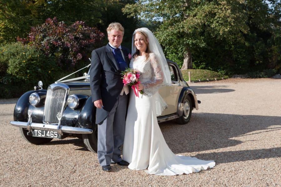 Décoration de voiture de mariage  Optez pour la fantaisie !